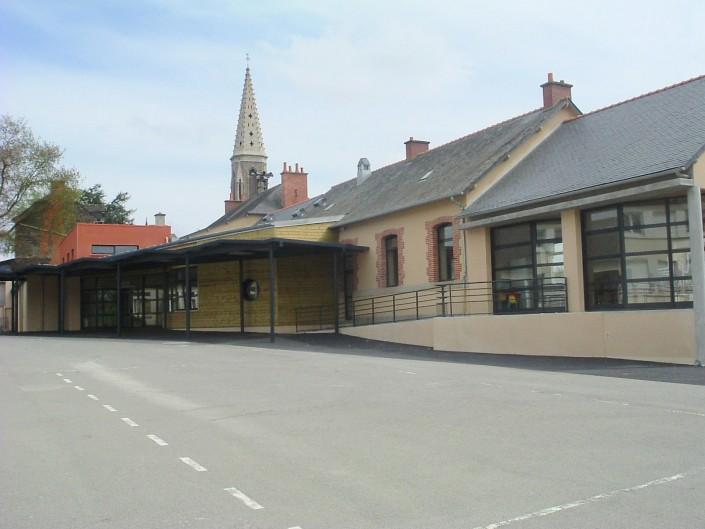 Ecole Publique de MESSAC - Cour 1